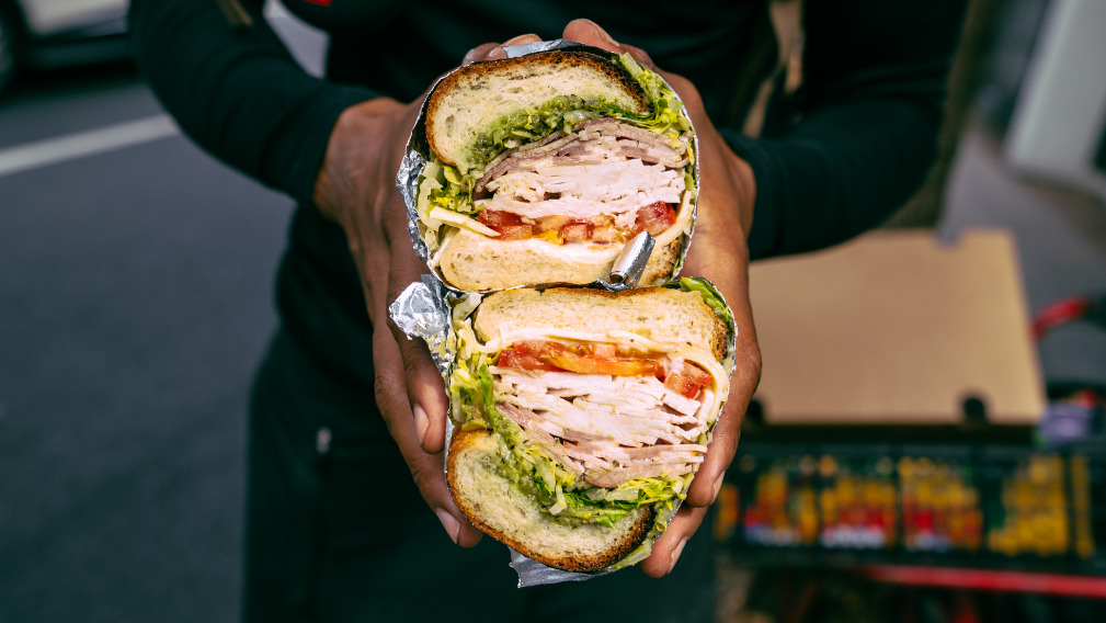 Doms Club - Impeccable Sandwiches Takeaway in Elephant And Castle SE1