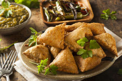 Vegetable Samosa (Starter) - Tandoori Restaurant Takeaway in Crayford DA1